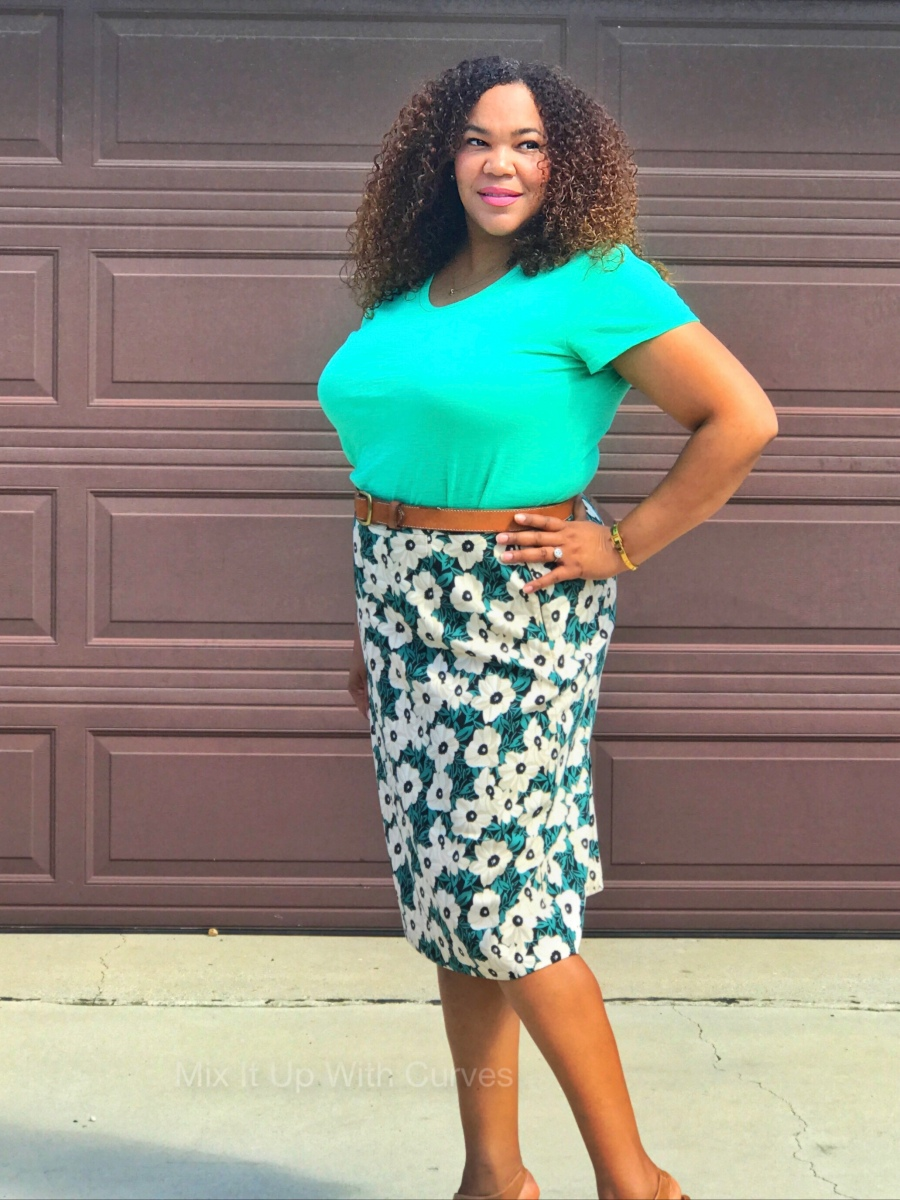Floral Pencil Skirt and a Tee – Mix It Up With Curves